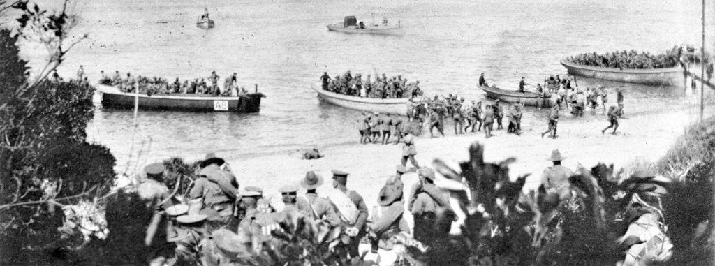 Anzac Soldier landing at Gallipoli